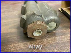 1938-1946 Chevy Commercial Gmc Pickup Truck 1/2 Ton Brake Master Cylinder Nos Gm