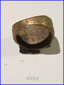 EXTREMELY RARE GERMAN WW2 Personal Effects Ring- Wolf Head with Oak Leaves. Dig