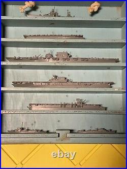 ORIGINAL RARE WORLD WAR II U. S. NAVY MINIATURE SHIP MODELS WithCASE and Great Shap