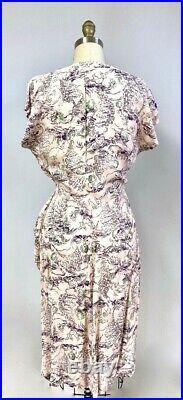 RARE Vintage 1940s Bambi Baby Deer Print Rayon Dress Pink S 38B 27W WW2 Guernsey
