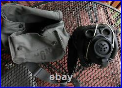 Rare Original WW2 U. S. Navy Optical Gas Mask, 1944 D With Filter & Canvas Carrier