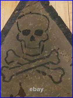 Rare Original WWII GERMAN WW2 SIGN Skull Bones GERMAN text HALT (Eastern Front)