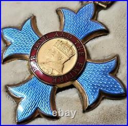 Vintage & Rare Kbe Order Of The British Empire Cased Medal & Badge Set 1963